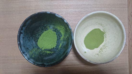粉末 左が普通、右が格安