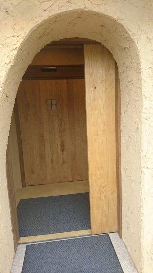 入口自動ドア